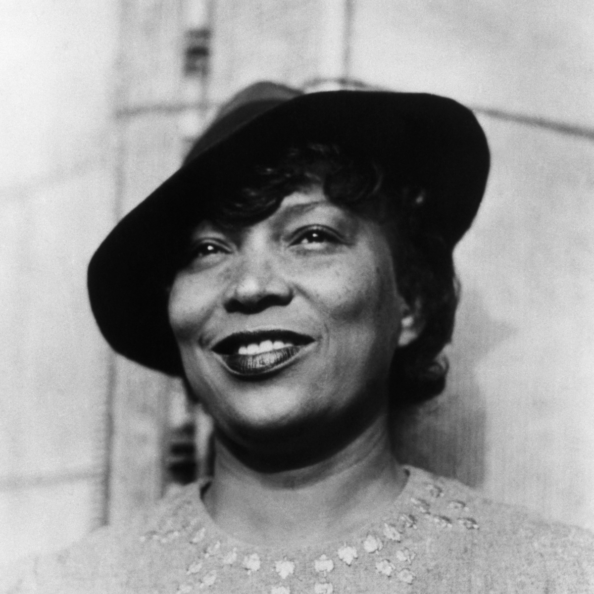 "tone of zora neale hurston's sweat Spunk is an adaptation of three short stories by zora neale hurston: ""sweat,""   the female: youth slang of the 1920s was female-dominated, while the tone of."