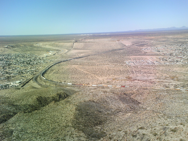 The start of the border fence between the United States and Mexico near Sunland Park, New Mexico, U.S.A. and Rancho Anapra, Chihuahua, Mexico.