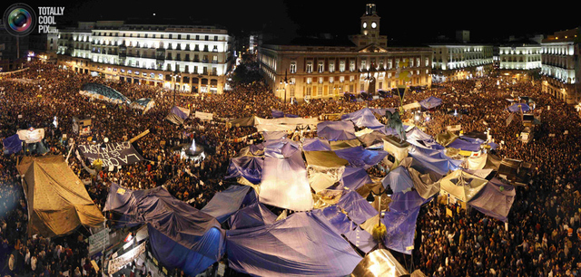 Spanish Protest Economic Crisis in Madrid's Puerta del Sol, May 20, 2011